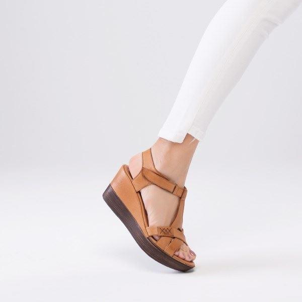 Daniele Deri Sandalet Taba