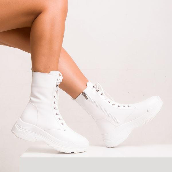 Dantae Kadın Spor Bot Beyaz