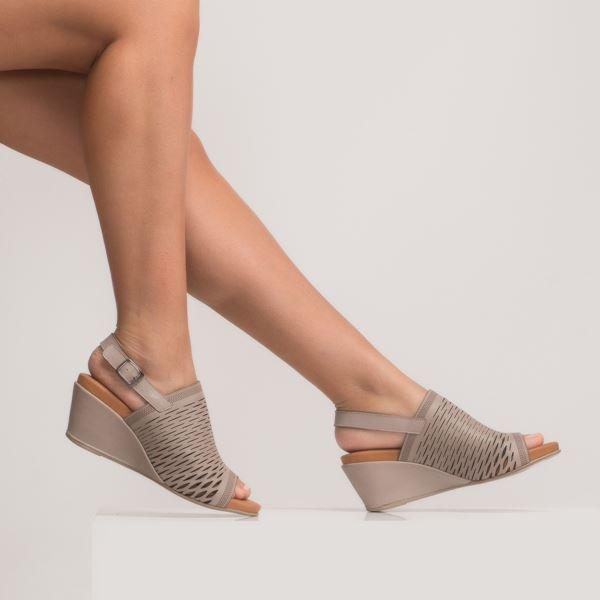 Aspen Kadın Dolgu Topuk Sandalet Buz
