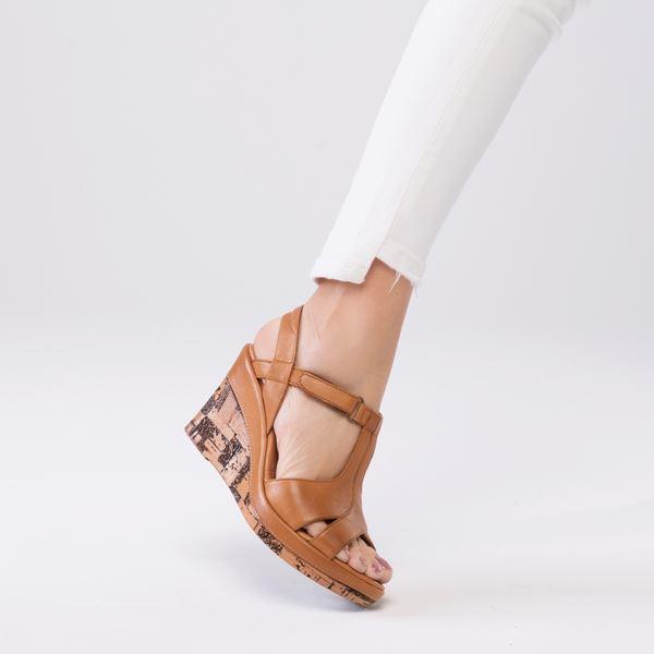 Leonilda Kaplama Dolgu Deri Sandalet Taba