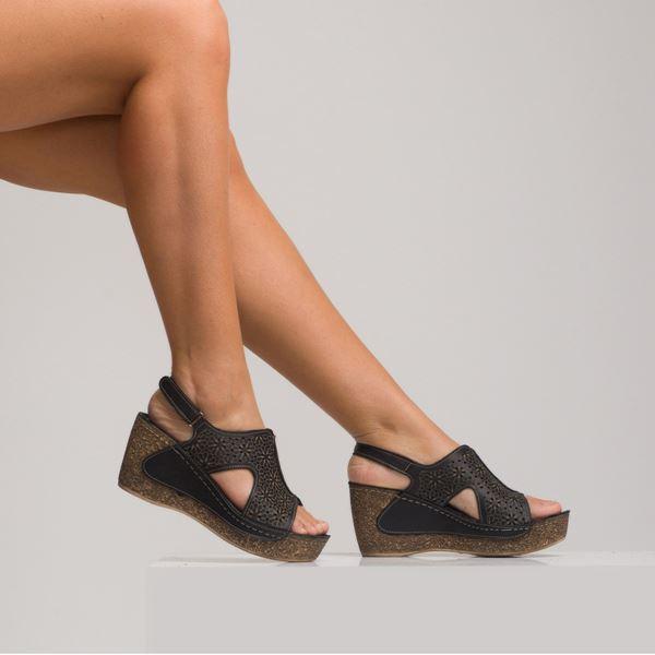 Amelia Kadın Dolgu Topuk Sandalet Siyah