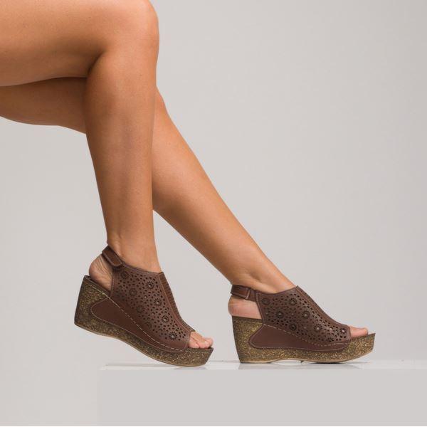 Linda Kadın Dolgu Topuk Sandalet Kahve