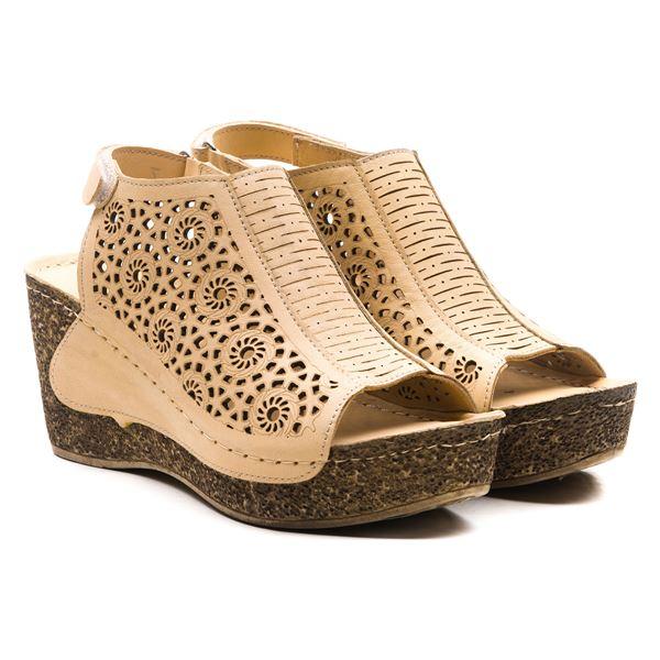 Linda Kadın Dolgu Topuk Sandalet Bej